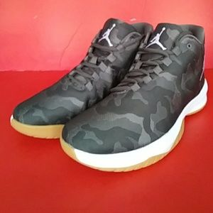 cheap for discount 0ded9 9a201 Nike Shoes - BRAND NEW AIR JORDAN B. FLY